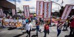 Maestros colombianos cumplen un mes de huelga y realizan cacerolazo en defensa de la educación