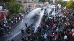 Fuertes enfrentamientos entre la policía alemana y manifestantes en la víspera del G20