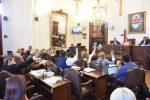 Con el debate emergente sobre designaciones políticas, finalizó la sesión del HCD