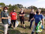 Ambientalistas y vecinos de Concordia se convocaron para limpiar el Arroyo Manzores
